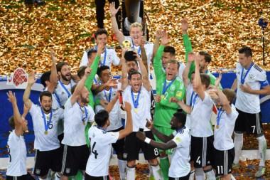 Festejo de Alemania tras la consagración ante Chile, en la Copa Confederaciones de Rusia 2017.