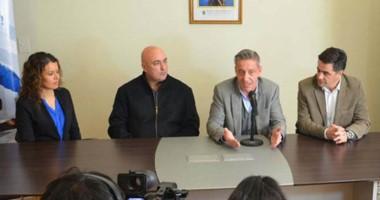 Estímulo. El vicegobernador Arcioni presidió el acuerdo en Comodoro para incentivar el turismo local.