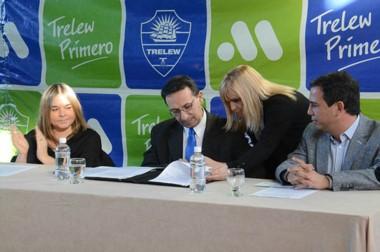 """""""Estamos avanzando más allá de la situación económica"""", dijo el intendente Adrián Maderna."""