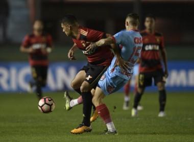 Arsenal derrotó 2-1 a Recife con tantos de Brunetta y Contreras pero no logró pasar a 8vos por el resultado global (2-3).