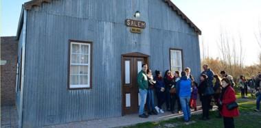 Entre los recintos de la región se destaca la capilla Salem. La estructura fue construida originalmente en 1887 y reconstruida en 1912.