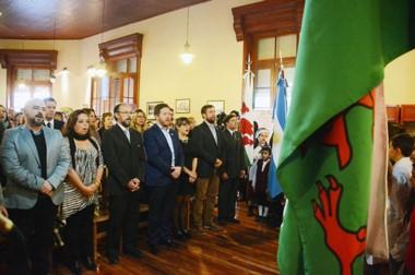 el intendente Dante Bowen presidió la ceremonia, junto al Secretario de Cultura de la provincia.