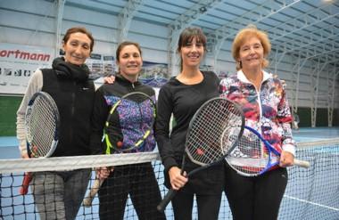 Myriam Ustariz, Rosana Sandler, Vanina Rossi y Estela Grandi, las finalistas de la categoría 3ra Damas.