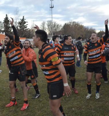 """Una vuelta más """"bigornianos"""". El club capitalino se impuso ante Patoruzú para alcanzar el título del Austral."""
