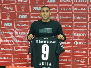 Ábila jugará en Huracán hasta fin de año.