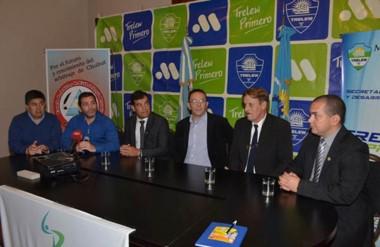 Se realizó la presentación del curso de árbitros. El intendente Maderna participó junto a dirigentes locales.