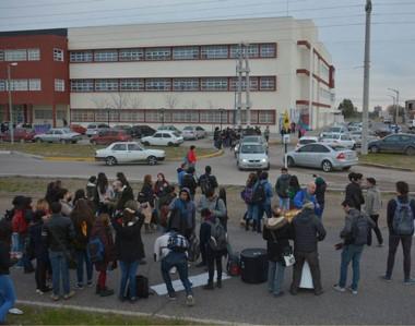 Los estudiantes volverán a manifestarse por seguridad.