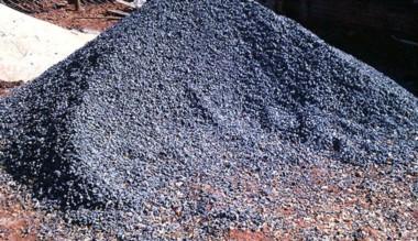 Moneda de pago. En Madryn pagan indemnizaciones con piedras.