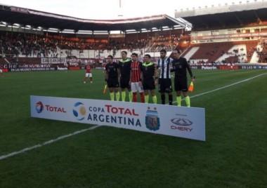 San Lorenzo y Cipolletti se miden en cancha de Lanús, por los 32avos. de final.