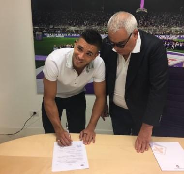 """""""Gio"""" Simeone firmó contrato con Fiorentina."""