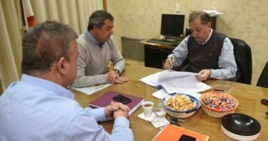 El intendente de Comodoro Rivadavia se reunió con las autoridades de la Cooperativa Eléctrica.