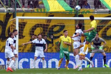 El Lobo debutó con un 4-4 con Defensa y luego perdió 1-0 con Unión.