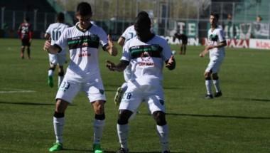 Con un tempranero gol de Facundo Barceló (33), San Martín (SJ) derrotó 2-0 a Patronato,