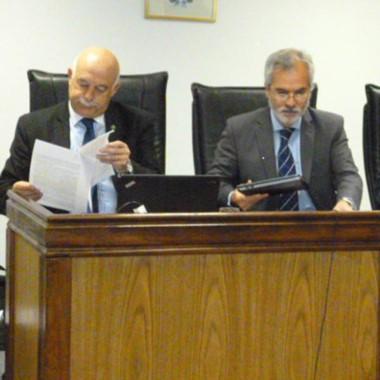 Los jueces Daniel Pérez y Alejandro Rosales marcaron las medidas.