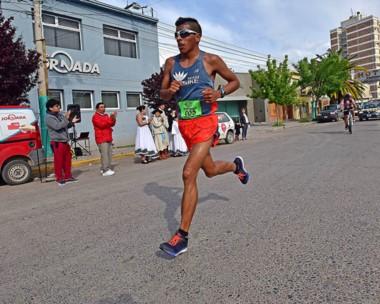 David Rodríguez fue el último ganador del Maratón con un tiempo de 2:29:05. En damas, Isabel Currumán.