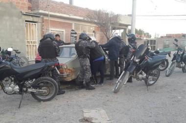 Los controles policales se agudizaron por las actividades de grupos extremistas que operan en la región.