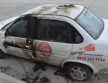 El vehículo de trabajo de Diario Jornada que fue atentado días atrás.