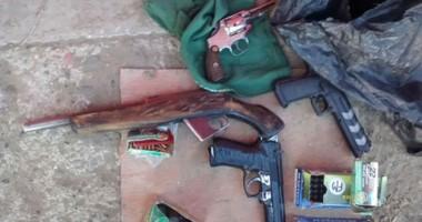 En 6 barrios se incautaron 14 armas de fuego, 2 aires comprimido y 300 municiones no declaradas.