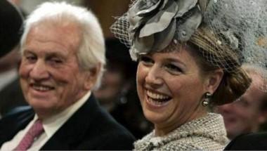 Jorge Zorreguieta junto a Máxima. La reina de Holanda había llegado al país el pasado sábado para acompañar a la familia y estar junto a su padre. (Archivo).