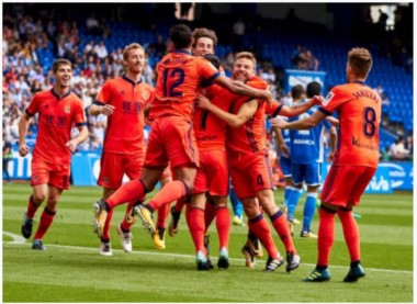 """Real Sociedad sigue sorprendido, ganó los primeros tres y manda junto al """"culé""""."""