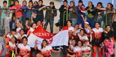 Alumni, con la base de Barraca Central, derrotó a Deportivo Roca por 2-1 en el Centro Deportivo Trelew y logró el título del Apertura femenino.