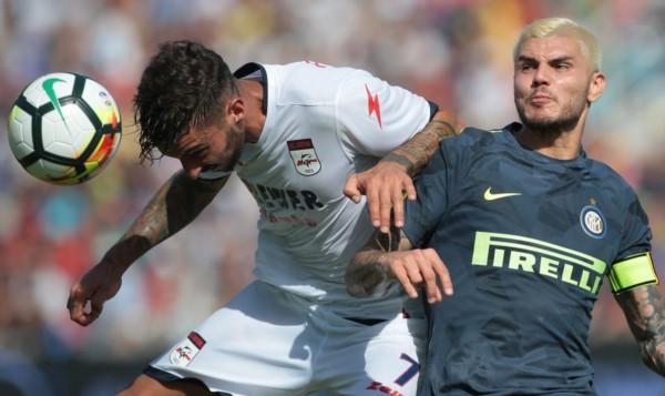 Icardi estrenó el platinado y cumplió 150 partidos como titular en Inter.