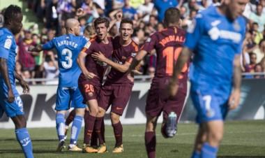 Paulinho se estreno con un gol importante y Denis Suárez entró en el segundo tiempo para salvar al