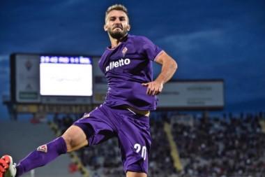 Semana redonda para Pezzella: convocatoria a la Selección y gol en el triunfo de la Fiorentina.