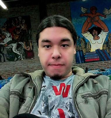 Esperanza perdida. Miguel Paccor tenía 26 años y muchos sueños. Estudiaba con mucho esfuerzo y hacía viajes de más de dos horas para ir a la facultad.