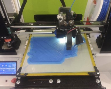 La impresora 3D con múltiples demandas sociales. Las atiende Ciencia.