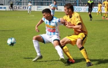 Juventud Unida le ganó a Flandria en el arranque del torneo.