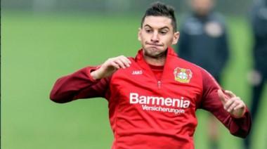 El técnico del Bayern Leverkusen se enojó con River por el tema Alario.