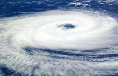 El ojo del huracán María visto desde la Estación Espacial Internacional. La descomunal tormenta golpeará Puerto Rico con toda su furia.