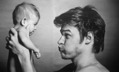 El gobierno nacional estudia la posibilidad de extender a diez días la licencia por paternidad.