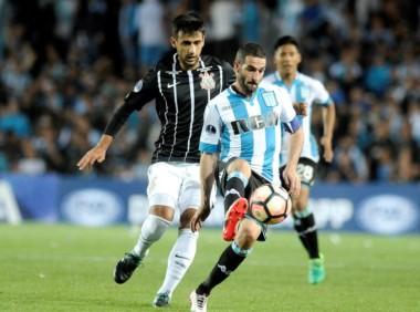 Racing va por una victoria ante el Corinthians para seguir avanzando en la Copa Sudamericana.