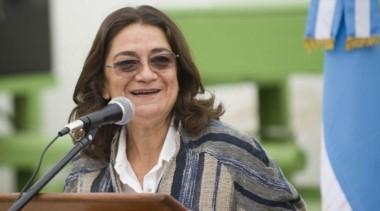 La gobernadora Corpacci no quiere resignar 1.800 millones de pesos.
