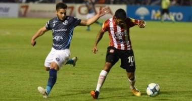 Independiente Rivadavia empató 0-0 ante San Martín de Tucumán en su presentación como local.