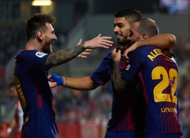 Barcelona continúa por la buena senda en la Liga Española.