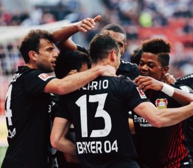Debut soñado para Lucas Alario con un gol y una asistencia en triunfo del Bayern Leverkusen.