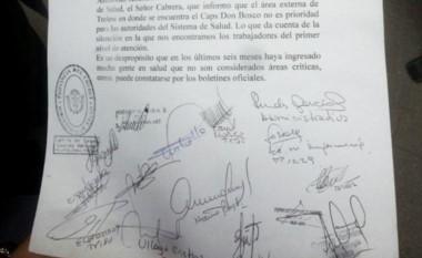 El personal firmó una carta de solicitud a las autoridades.