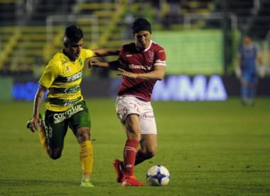 Defensa y Justicia y Huracán empataron 0 a 0 en Varela.