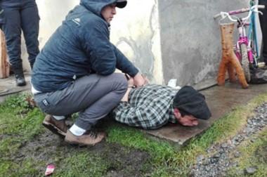 Detenido. Ballejo, condenado por cultivo de droga, el día de su captura por un crimen en El Bolsón.  (Gentileza: Diario Rio Negro)