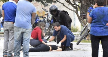 Así la encontraron a Candela, luego de que se escucharan los disparos en la plaza del barrio Luz y Fuerza.