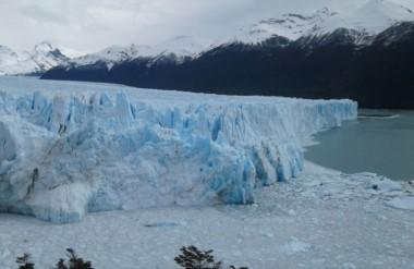 El majestuoso Glaciar Perito Moreno se puede disfrutar todo el año.