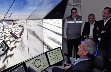 Ensayo. Una postal del ciber simulador  que la operadora petrolera instaló en Comodoro para mejorar.