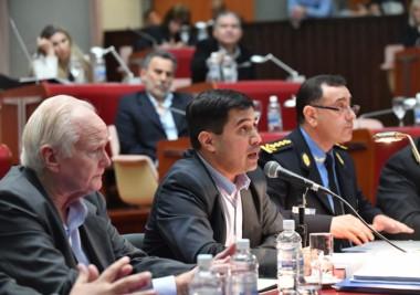 Durán explica las acciones del gobierno provincial en el caso Maldonado (Foto @natiaferrari)