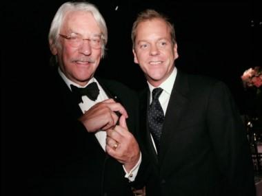 El gran actor canadiense, junto a su hijo Kiefer.