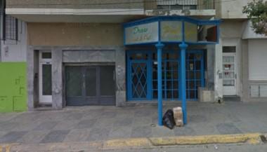 El local donde ocurrió el ataque está ubicado en el acceso al centro de la ciudad (imagen google maps)