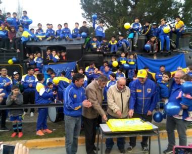 """La familia de Belgrano se congregó en La Trochita para celebrar el 53 anivesario del """"Xeneixe"""""""