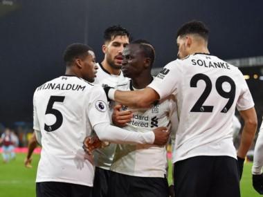 Con goles de Mané y Klavan, Liverpool venció agónicamente 2-1 al Burnley en la fecha 22 de la Premier.